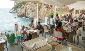 Amante Beach Club restaurant, directly overlooking the sea and cliffs.