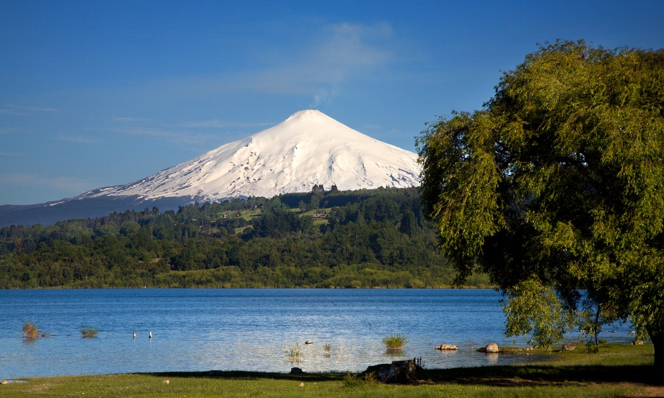 Shout to the top … Villaricca volcano and the Chilean Lakes